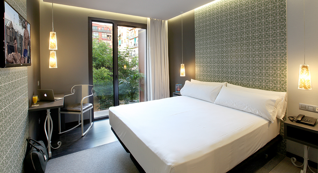 Large_axel_bcn_two_5_two_hotel_barcelona_(32)