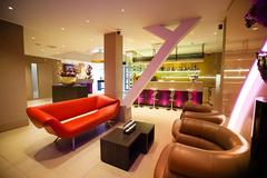 Largethumb_albus_9_lounge_lobby