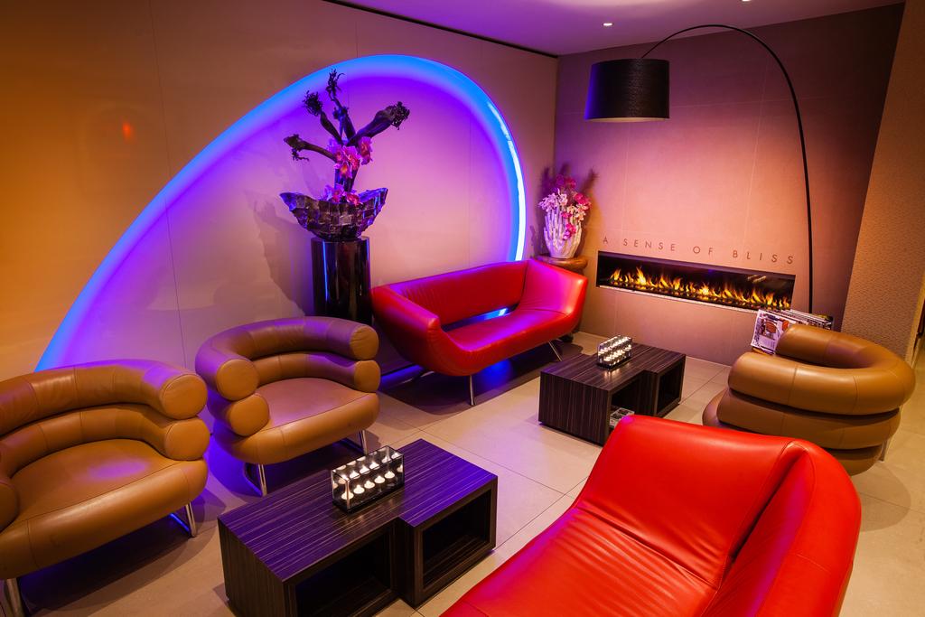 Large_albus_10_lounge