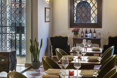 Largethumb_axel_ven_103_restaurante_entrada_hotel