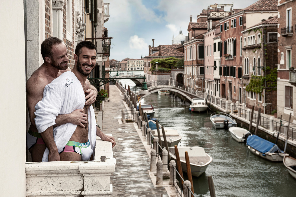 Large_axel_venice_1001_012