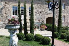 Largethumb_manoir_montdidier_2_2_view