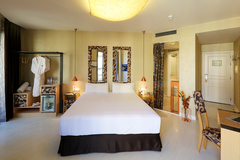 Largethumb_axel_hotel_barcelona_(1)