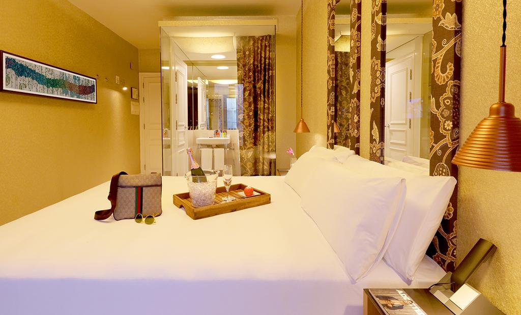 Large_axel_hotel_barcelona_(13)