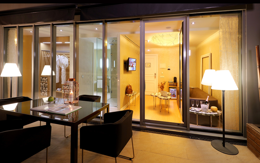 Large_axel_hotel_barcelona_(15)