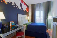 Largethumb_indigo_atl_4_hotel-indigo-atlanta-2533098572-2x1