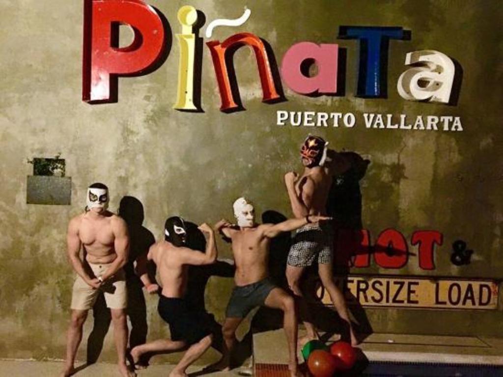 Large_pinata_106